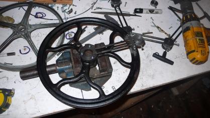 Loom VI sewing machine wheel
